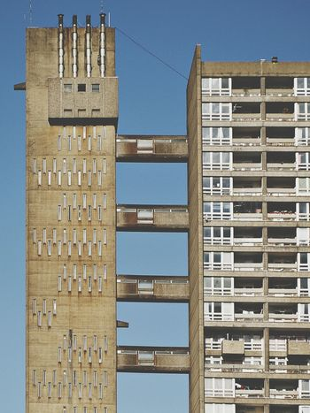 Architecture Building Exterior Tower Built Structure Sunny Outdoors Cityscape Urban Skyline Concrete Jungle Concrete Postmodern Architecture Housing Estate Postmodernism Architecture London Trellick Tower The Week On EyeEm Editor's Picks