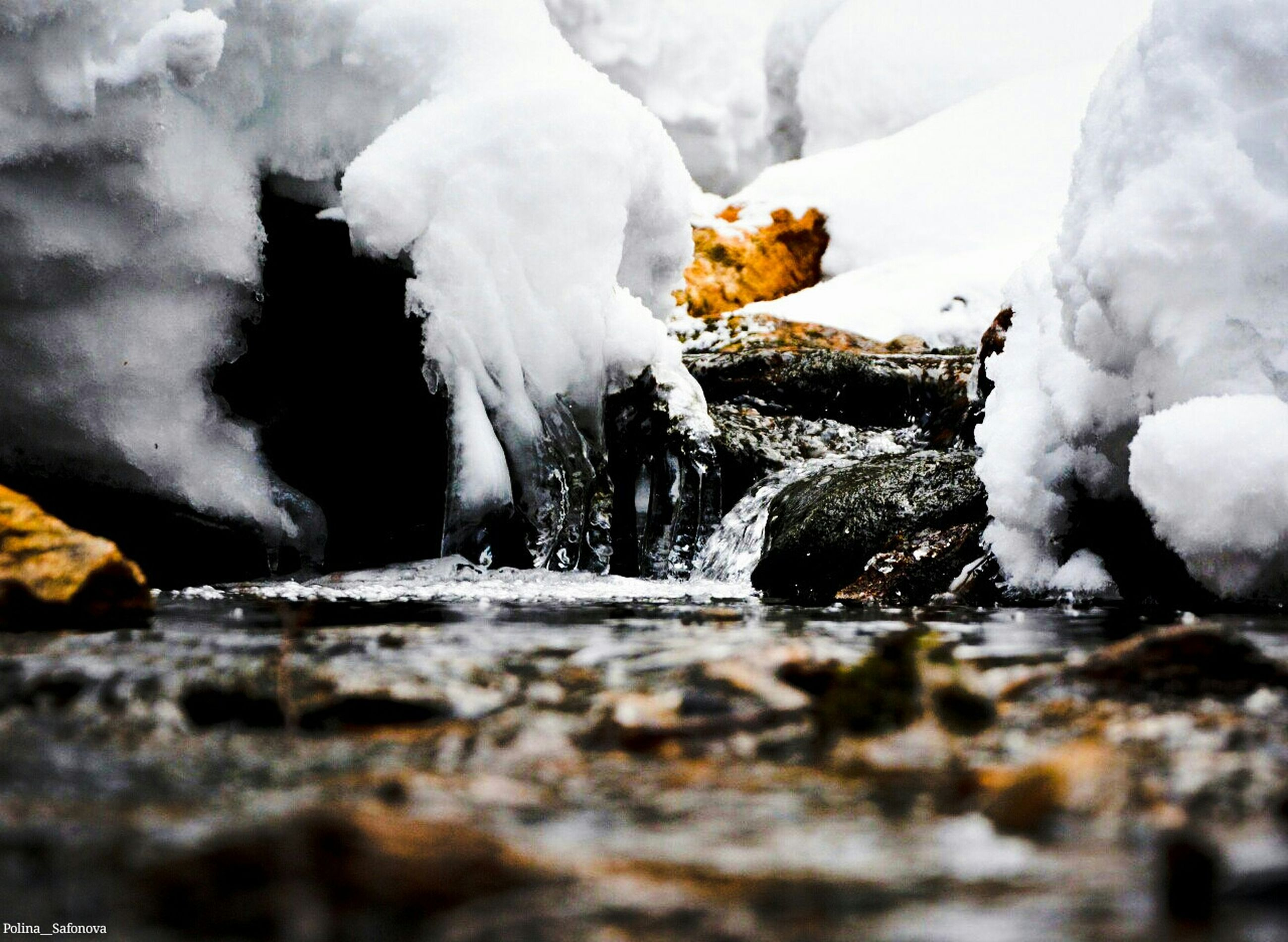 winter, snow, cold temperature, season, weather, frozen, white color, covering, nature, ice, beauty in nature, selective focus, tranquility, focus on foreground, covered, day, outdoors, close-up, no people, rock - object