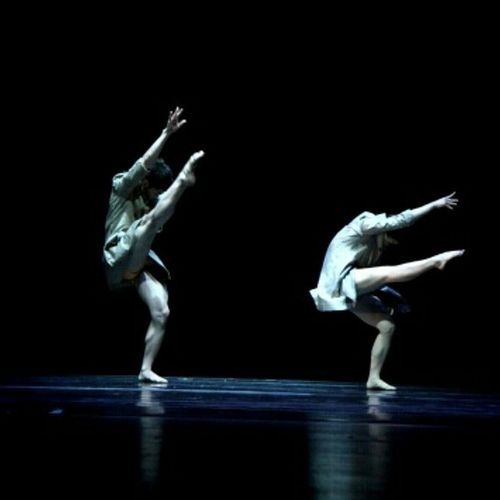 둘중 누가 엔디? 이쁜 가용이와 듀엣 했던시절 3 years ago ,, 언제 또 무대에 설까요? 공연 댄스 Dance 분장 의상 contemporary modern body 인스타사이즈 셀스타그램