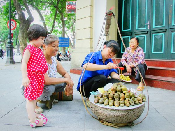 Capture The Moment Hà Nội, Việt Nam Hà Nội Hanoi City Hanoifood Beautiful Hanoi Hanoicity Moments Captured Moment The Moment - 2015 EyeEm Awards The Photojournalist - 2016 EyeEm Awards The Following