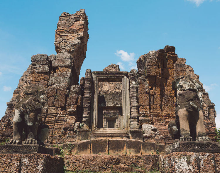 Siem Reap Cambodia Angkor The Past History Ancient Architecture Travel Destinations Sky Built Structure Old Ruin Travel Tourism Belief Ancient Civilization Art And Craft Sculpture Place Of Worship Old Representation Religion No People Archaeology Ruined Outdoors Deterioration