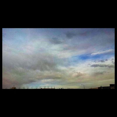 Puddingcamera الله يجيب الخير غيوم على الرياض KSA camera samsung Saudi Arabia 2013 picture march photographic image puddingto انستاقرام غائمة Riyadh clouds cloudy weather صورة عرب_فوتو
