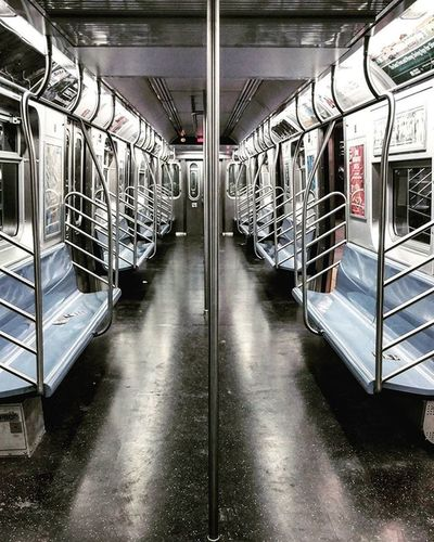 The E train is Empty today... Icapture_nyc Illgrammers Way2ill What_i_saw_in_nyc Newyork_instagram Thismaximlife Hypebeast  Elevatetheworld Vsc Vscocam Ig_masterpiece Nycdotgram Nycprimeshot Huffpostgram Subway Nycdotgram Nychighlights The_usa_gram Igglobalclub Igworldclub_creative Instagram Ig_snapshots Ig_sharepoint The_commission Nbc4ny nydngram fox5ny abc7ny