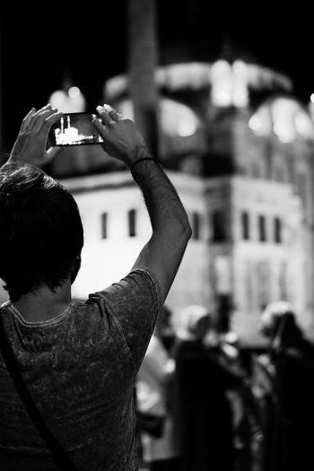 B&w B&W Collection B&w Photo B&w Photography B&w Street B&w Street Photography B&W_collection Black And White Blackandwhite Kiezlife Monochrome People Photography People Watching Peoplephotography Street Photography Streetphoto_bw Streetphotography Up Close Street Photography