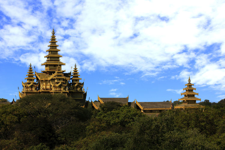 View of pagoda against sky