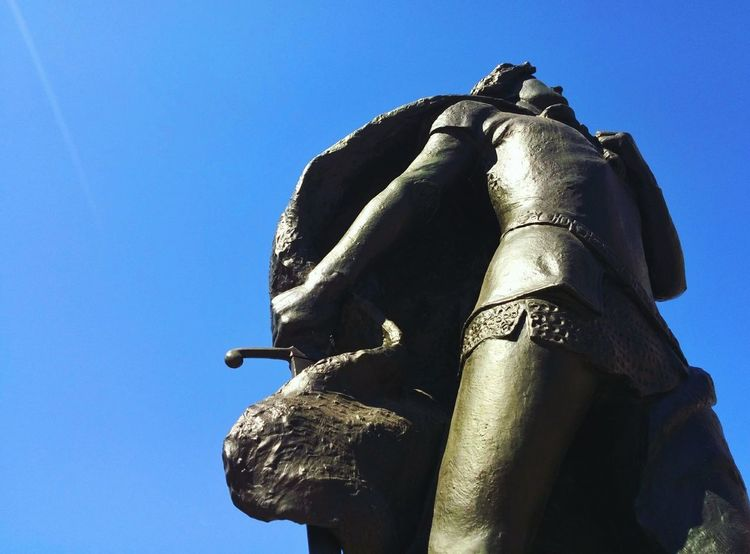 Clear Sky No People Sculpture Sky Day Outdoors Close-up Art Metal Landmark Monument Knight  Brave Triumph Low Angle View