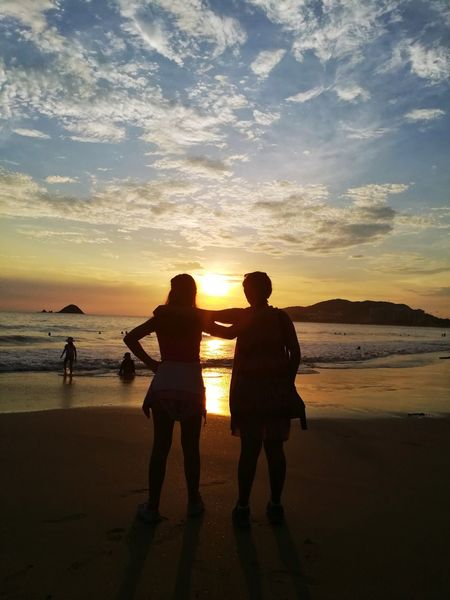 Bestfriends Two People Sunset Togetherness Ixtapa Beach Traveling Mexico_maravilloso Shadow Vacations Nature Sand Sky Tranquility Silhouette