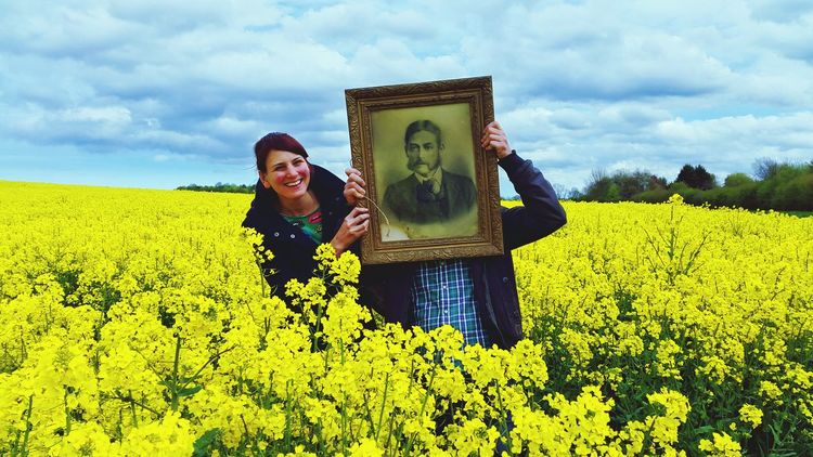 Random Friends Forever! Flowers Beautiful Mobilephotography Taking Photos Yellow Spring! Field Rapeseed