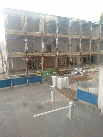 Refurbishing appartement Demolition Refurbishing Refurbishing Appartement Work In Progress Water Industry Sky #urbanana: The Urban Playground
