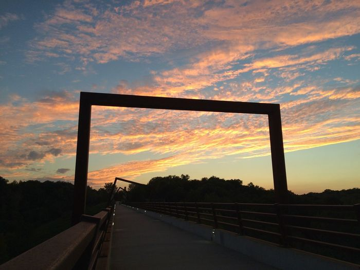 Des Moines, Iowa Sunset Cloud - Sky Built Structure Bridge Outdoors