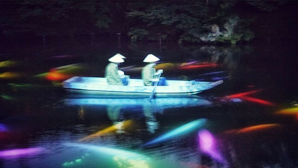 Out Of Focus Projection Mapping Drawing Mifuneyama Rakuen pond. Takeo City Saga prefecture KYUSHU Japan Scenery Elegance Everywhere Water Reflections Handheld Night Photography de Good evening