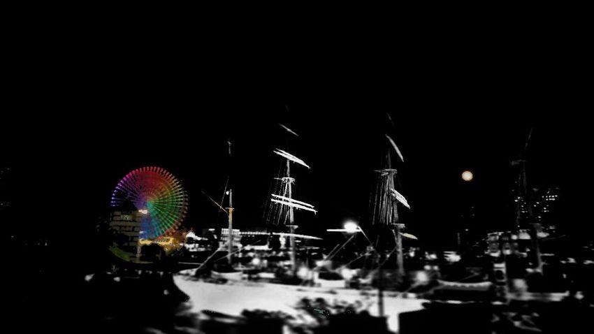 Fullmoon Moonlover Ferris Wheel Nightscape Colorsplash Blackandwhite Monochrome The Street Photographer - 2017 EyeEm Awards The Architect - 2017 EyeEm Awards EyeEmNewHere