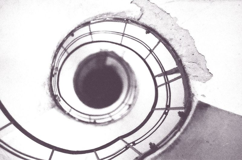 Spiral Spiral Starcase Arch Black & White Black And White Photography Parallel Lines White Upstairs Monochrome Photography