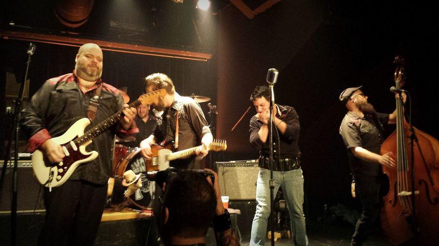 Amor & Willie Western Spaghettrash Rockabilly