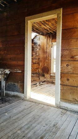 inside the old cowboy cabin Door House Doorway Architecture Indoors  No People Built Structure Home Interior Day Building Exterior Open Door Close-up EyeEmNewHere EyeEm Ready