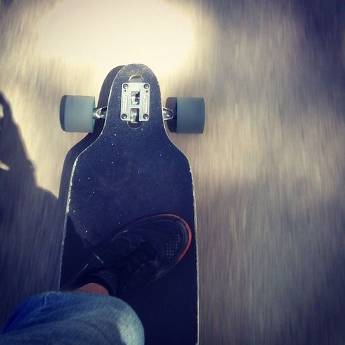 I'm surfing in the streets :D Fast, ever more fast... Skate Skateboard Skateboarding Skatelife Sk8 Longboarding Longboard City Catania Sector9 Deck Wheels Greenwheels Trucks