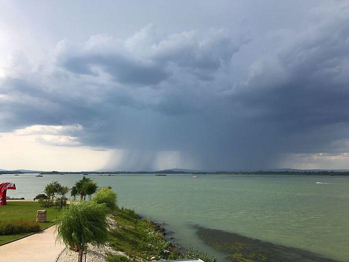 Breathing Space Storm Cloud Stormy Weather Danube River Bratislava