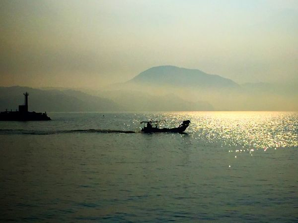 Sea Seaside Mountain Mountains Mountain View Boat Lighthouse Oita Oita,japan Water Reflections