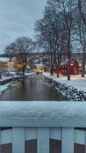 It's Cold Outside Söderköping View River Nature Cityscape Tourism Winter Snow Covered Taking Photos Northern Europe Scandia Scandinavia Sweden Snow ❄ Snow Wintertime Sverige Cold
