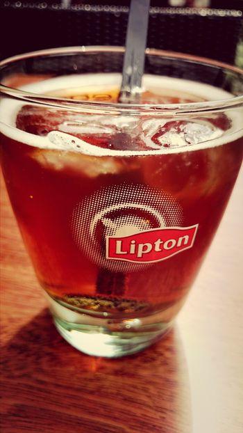 Hving a Lipton Ice Tea on La Terazza