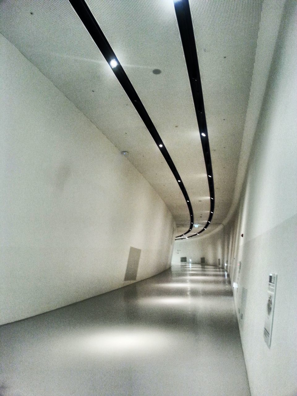 empty, the way forward, indoors, ceiling, illuminated, corridor, diminishing perspective, architecture, absence, no people, built structure, day