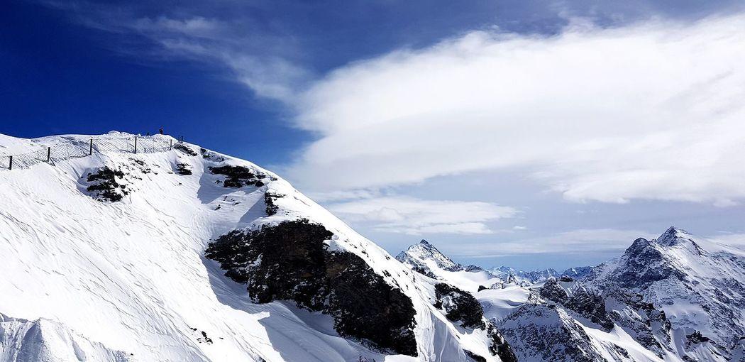 Forest Titlis,Switzerland Ski Landscape Town Alps Alpen Berge Wonderful Snow Mountain Bird Blue Sky Close-up Cloud - Sky Snowcapped Snowcapped Mountain Vulture Ski Track Verbier Deep Snow Cold Temperature Ski Lift Mountain Range