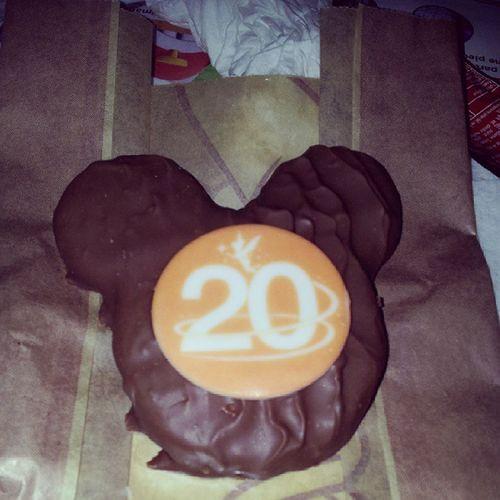 Menu 20 ans Disney Marnelavallee Paris Parcdisney disneyland resort