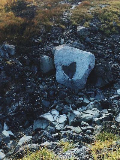 登ってる途中に見〜〜♡つけヽ(≧▽≦)ノLOVEハート♡今日も頑張るぞ! 登山 はーと 岩手 栗駒山 いいことありますように ありがとう♪ おハッピー