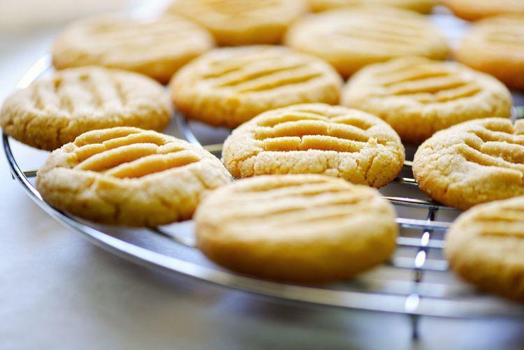 Fresh cookies on grit