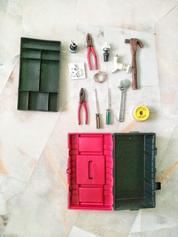 Tools box Toolbox Adults Only People One Man Only Holding Adult White Background One Person Indoors  Human Hand Human Finger DIY Home Improvement Plumber Tools Only Men Tool Kit Hammer Spanar Spanar Set Spanar Close-up Indoors  Screwdriver Set Screwdriver Day