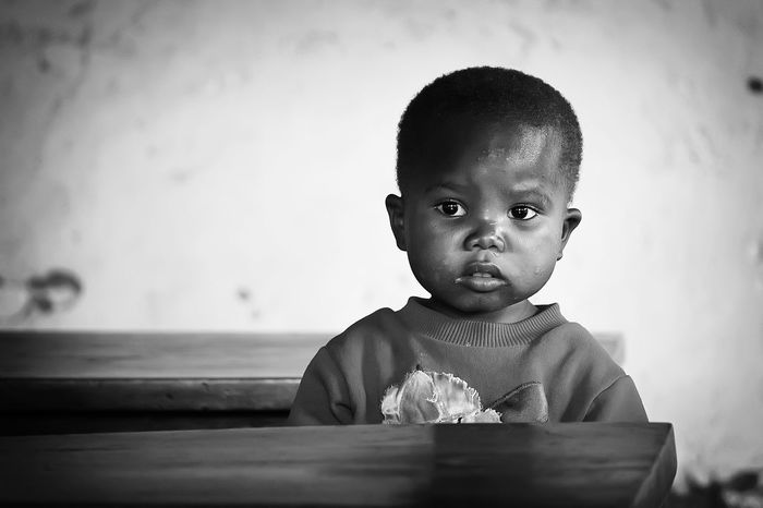 Black&white Black & White Black And White Blackandwhite Congo Democratic Republic Of The Congo Children Helping Refugees Africa Untold Stories