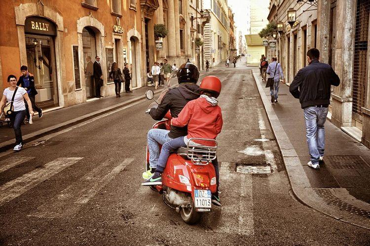 Vespa Fatherandson Streetphotography Showcase: November - Roma, Italia