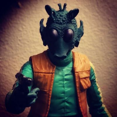 Quite possibly the worst Bounty Hunter in the galaxy. But one of my favourite figures in the collection. Starwarsblackseries StarWarsCollector Greedo Anewhope HasbroStarWars Bountyhunter Starwarstoypix Starwarstoyfigs StarWarsPortraits TBSFF