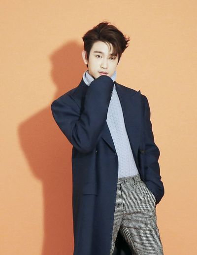 Jinyoung Got7jinyoung EyeEm Selects Portrait Well-dressed Suit Business Looking At Camera Business Finance And Industry Standing Mid Adult Front View First Eyeem Photo