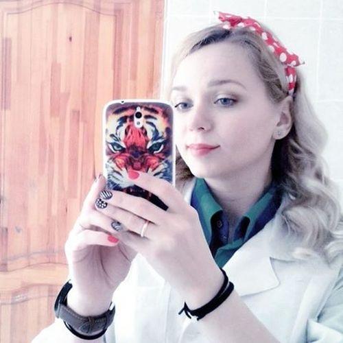 Весело весело встретим новый день )))) беларусь Природа весна веснавскружилаголову девушка наработе весело Nature Belarus Spring Selfie Girl