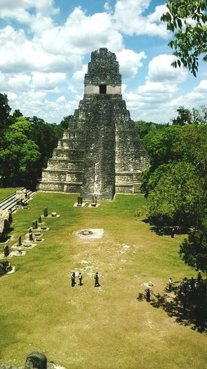 Corazon del mundo maya Guatemala Peten PerhapsYouNeedALittleGuatemala Corazon Del Mundo Maya Tikal Nature Check This Out Taking Photos Hello World Nature Photography Traveling Travel Photography