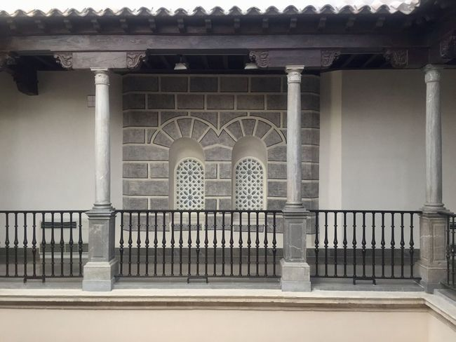Architecture Built Structure Building Building Exterior No People Railing Day Architecture Built Structure Building Building Exterior No People Railing Day Architectural Column Arch Window Wall - Building Feature The Past History Balustrade Pattern