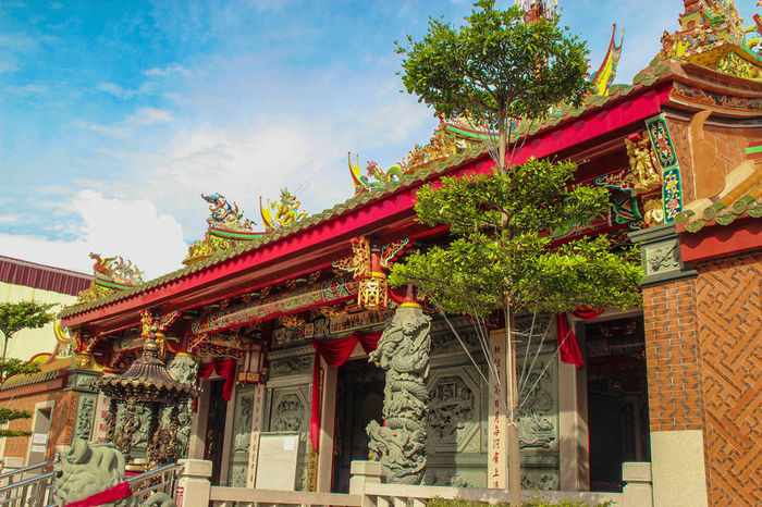 Vihara See Hin Kiong Happy Chinese New Year showcase: february Gongxifacai  Architecture Chinese Culture Vihara
