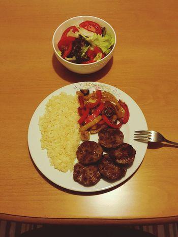 Ne kadar da maharetli bir erkek 😄 Cooking At Home Relaxing Kitchen Art Great Food Made With Love In Adana