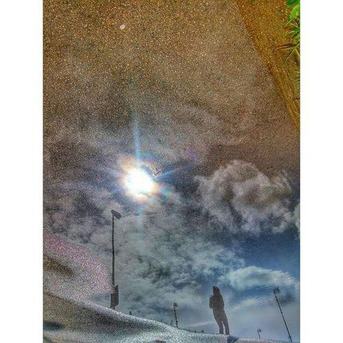 Riflessi sottosopra... LG G3 Buongiorno LG  Lg_italia LuciDistortePhoto rcnocrop Run Instalike atletica Sottosopra Sky photolove Sport Inlove lucidistortephoto365 Hdr Water eboli Lg Instagram