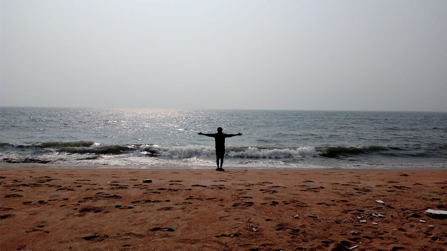 This is It ! ......? 🤔🤔🤔😂😂😂 Sealife East ASIA Enchanting India Taking Photos The Purist (no Edit, No Filter) Simple Quiet Love EyeEm Selects Mobilephotography Sunset Sea Beach Horizon Over Water One Person Water Silhouette Vacations One Man Only Standing Sand Travel Destinations Tranquility Scenics Real People People Outdoors Sky Full Length Nature Beauty In Nature An Eye For Travel