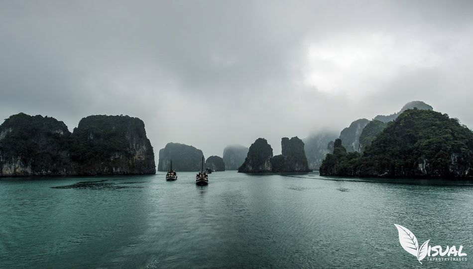 Bai Tu Long Bay - March 2014 This was such a peaceful and beautiful cruise. A must do when you visit Vietnam. The Calmness Within EyeEm Best Edits EyeEm Best Shots - Nature EyeEm Vietnam EyeEm Best Shots - HDR Eye Em Landscape-Collection Travel Photography