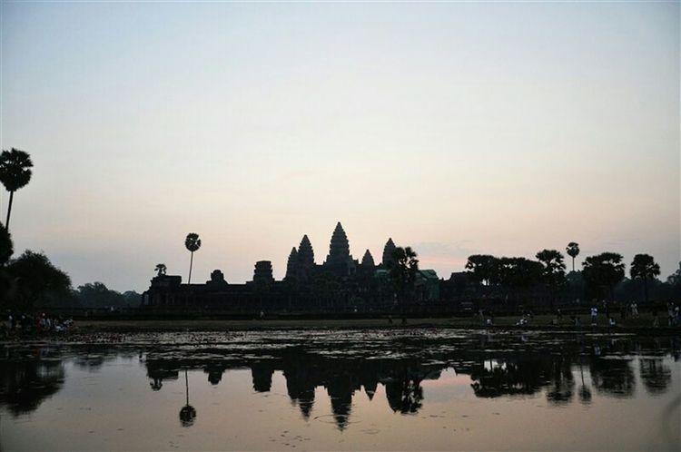Morning Waitingfor Hello World Angkor Watching The Sunrise Before The Sunrise
