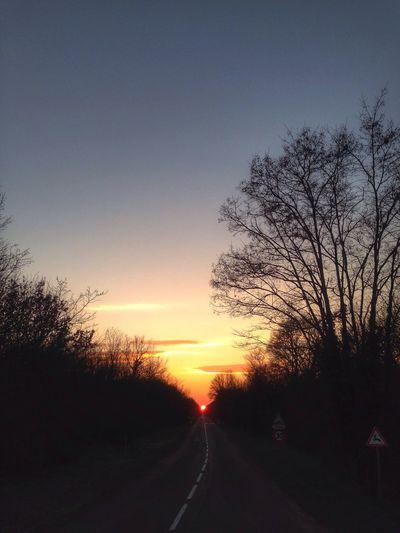 #sunset #sun #clouds #skylovers #sky #nature #beautifulinnature #naturalbeauty #photography #landscape WeatherPro: Your Perfect Weather Shot EyeEm Best Edits