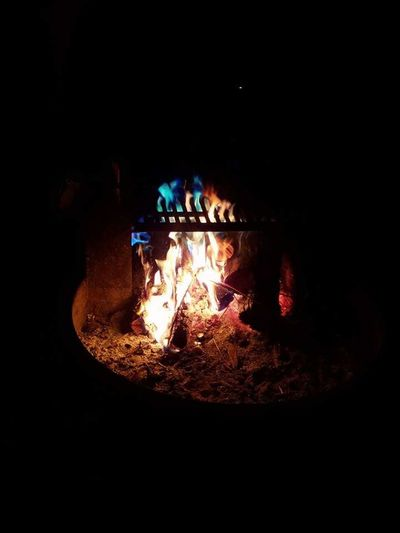 Flame Burning Heat - Temperature Night No People Outdoors Bonfire Illuminated Close-up Fun Beauty In Nature Camping Trip 💗 Summer Memories 🌄 No Filter, No Edit, Just Photography South Dakota Palisades Garretson Sd Garretson Good Times With Friends Pretty Summer 2017 🏊🌞