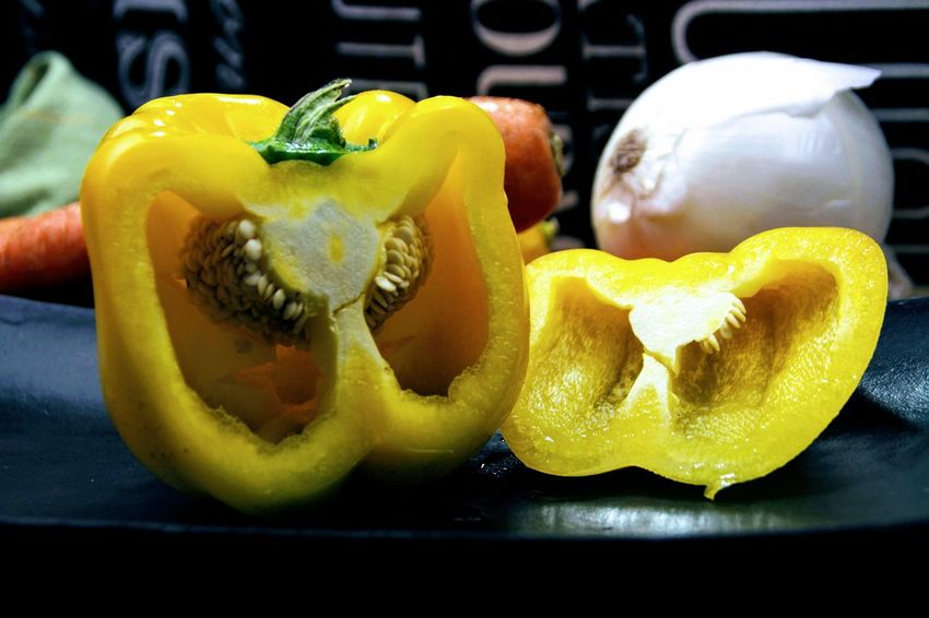 Yellow Pepper Close-up Cross Section Food Food And Drink Freshness Halved Healthy Eating Pepper SLICE Vegetables Yellow
