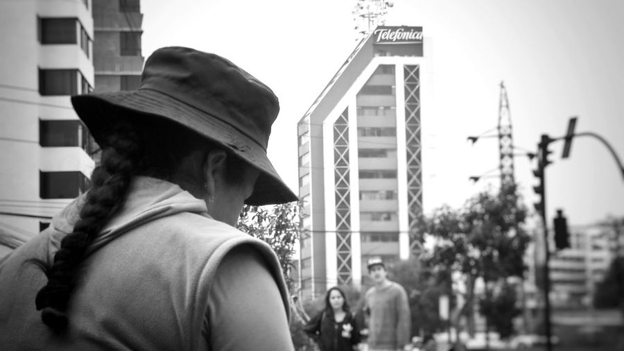 City City Life People Cityscape Ecuador♥ EyeEm Diversity Indigenous People Eye4photography  Resist Indígena City View  Day The Street Photographer - 2017 EyeEm Awards Black And White Friday