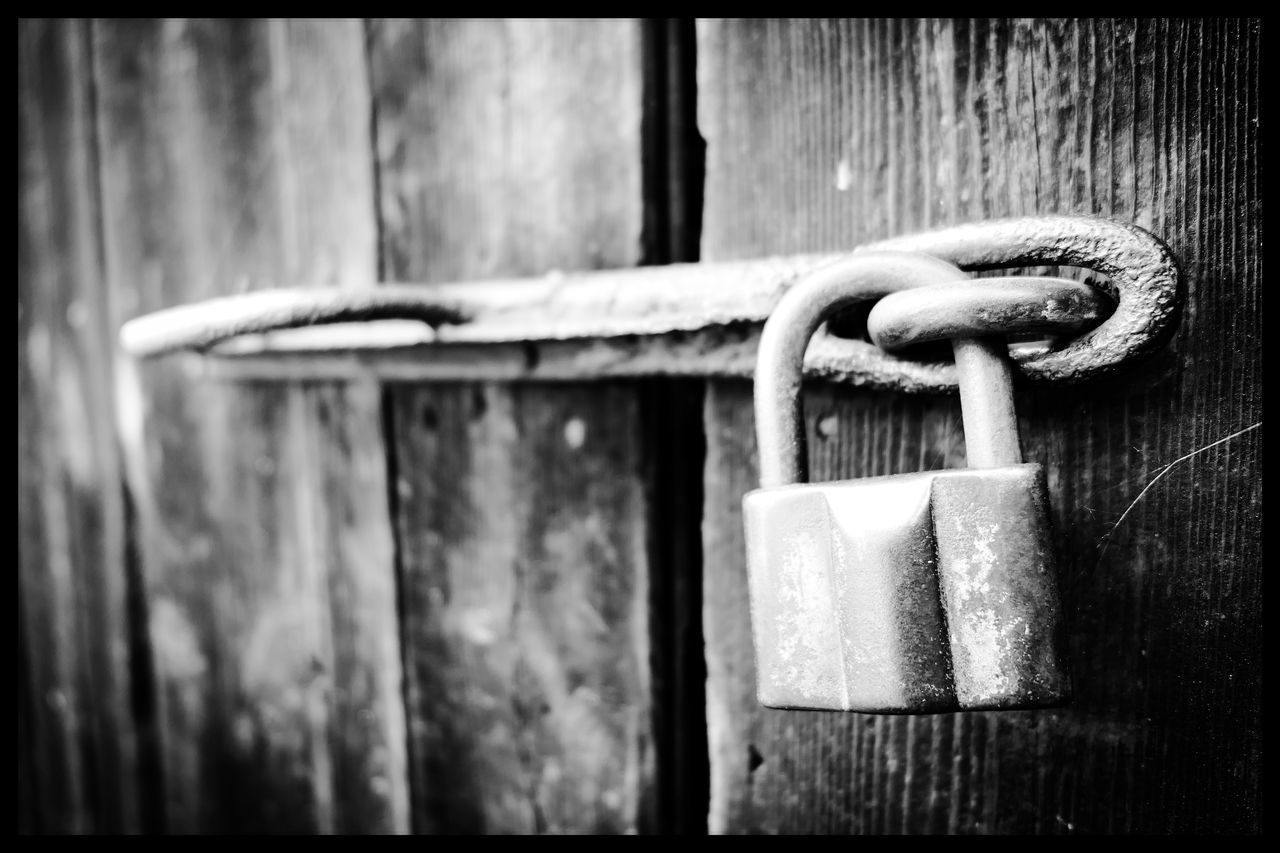 security, metal, safety, close-up, lock, padlock, hanging, no people, protection, outdoors, focus on foreground, day, nature