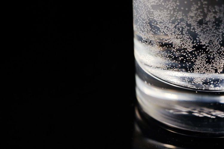 Glassy The Week on EyeEm Artisticphotography Art Minimalism Minimal Black Background Water Drink Drinking Glass Copy Space Alcohol Close-up Food And Drink Tonic Water Soda Lemon Soda Drop Transparent Dew Water Drop Droplet Ice Cube Lemonade Purified Water Carbonated Humanity Meets Technology The Creative - 2019 EyeEm Awards The Foodie - 2019 EyeEm Awards The Minimalist - 2019 EyeEm Awards