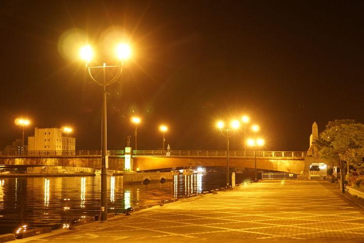 夜の釧路川 Riverside